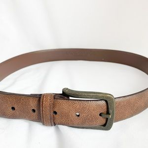 London fog- brown tan belt in excellent condition